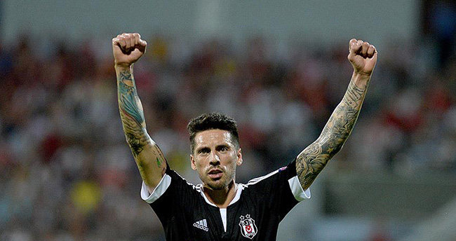 Beşiktaş deplasmanda Skenderbeu'yu 1-0 yendi