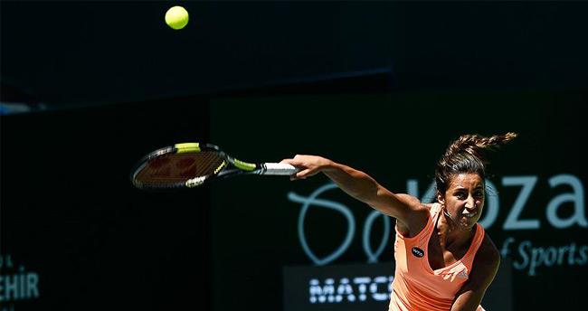 Çağla Büyükakçay ITF Tenis Turnuvası'nda yarı finalde