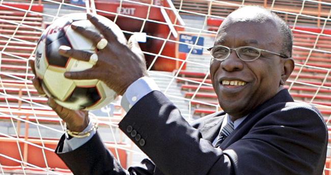 Jack Warner, ömür boyu futboldan men cezası aldı