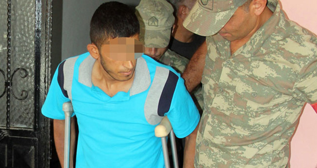 Askerden hava değişimine geldi polise molotof attı
