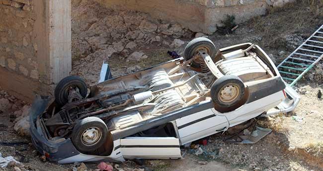 Karaman'da otomobil köprüden düştü: 1 ölü, 1 yaralı