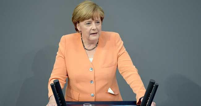 Merkel: 'Türkiye'nin AB üyeliğine hala karşıyız'