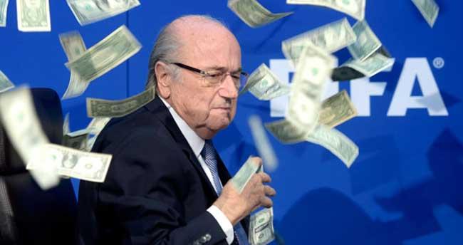 Sepp Blatter'e şok haber!