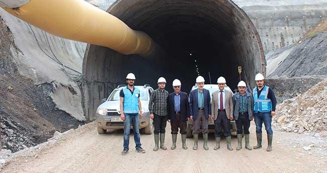 Yeni Konya-Antalya Karayolu'ndaki Demirkapı Tüneli'ne Gezi