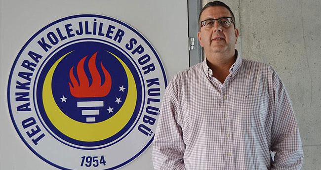 Rönesans TED Ankara Kolejliler Başantrenörü Özmeriç: Sezonu mutlu bitireceğiz