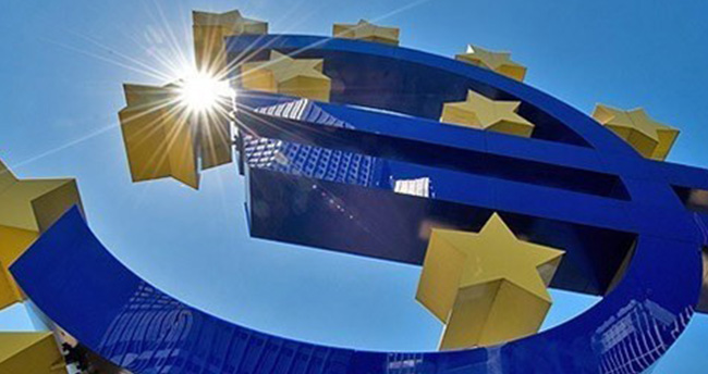 KKTC, TL'den Euro'ya geçecek