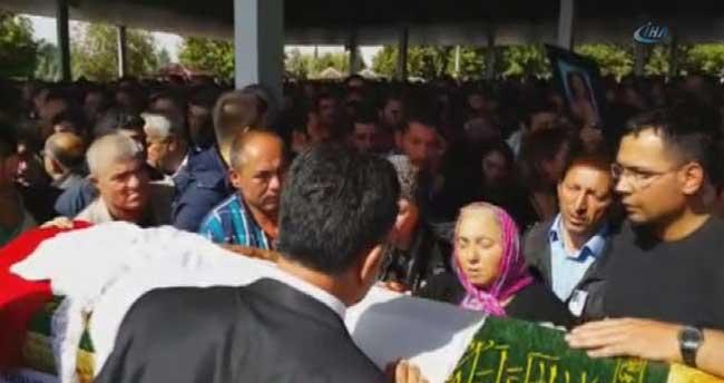 Patlamada ölenler Malatya'da son yolculuğuna uğurlandı