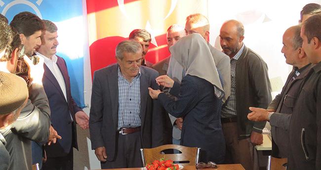 Derbent'te CHP'li Meclis Üyesi AK Parti'ye Katıldı