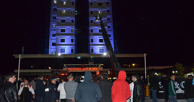 Karaman'da otel yangını! : 15 kişi…