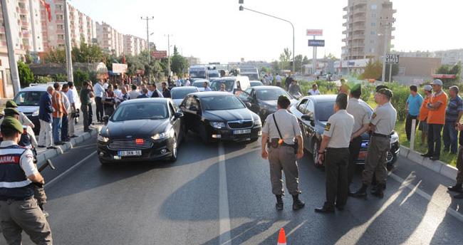 MHP konvoyunda arama krizi!