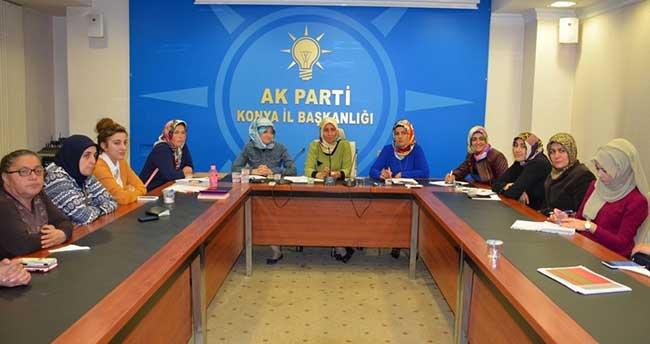 Ak Parti İlçe Kadın Kolları Başkanları Toplandı