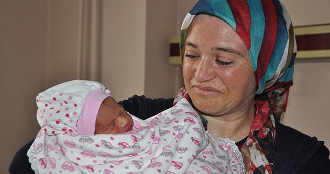 """Çınar ailesi için mutluluğun adı """"Zeynep"""" oldu"""