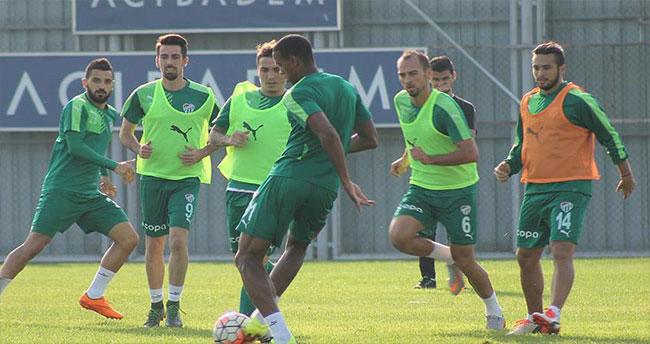 Bursaspor'da Dany takımdan ayrı çalıştı