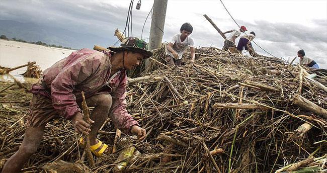 Filipinler'deki Koppu Tayfunu 22 can aldı