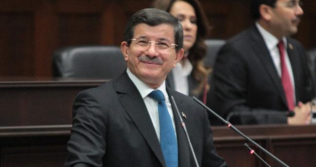 Başbakan Davutoğlu'ndan emeklilere müjdeli haberler