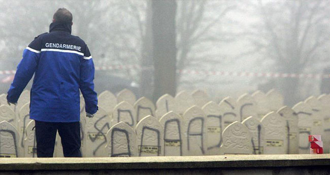 Fransa'da Müslümanlara yönelik saldırılar üç misli arttı