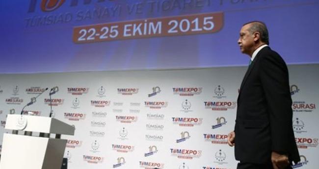 Erdoğan plaket töreni öncesi telefon arası verdi