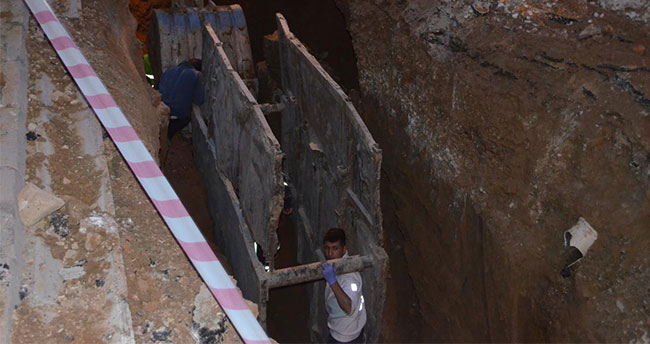 Konya'da kanalizasyon inşaatında göçük!