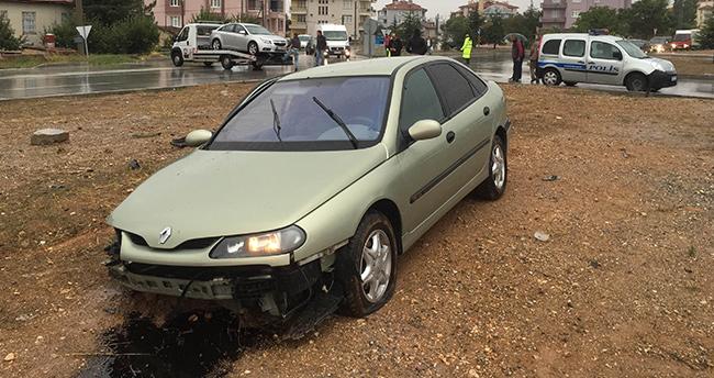 Kulu'da iki otomobil çarpıştı : 1 Yaralı