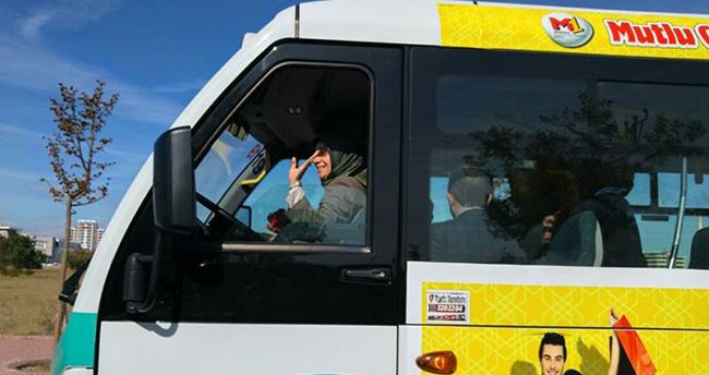 AK Parti Konya milletvekilleri minibüs şoförü oldu