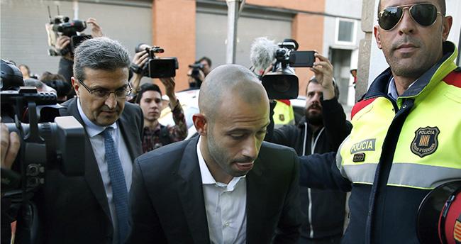 Marcherano, Vergi Kaçırdığı Yönünde Suçlamaları Kabul Etti