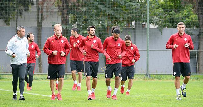Galatsaray'da Benfica Maçı Hazırlıları Başladı