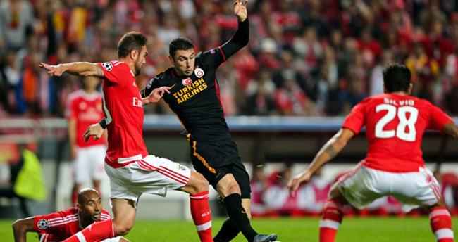 Aslan Portekiz'den çıkamadı!
