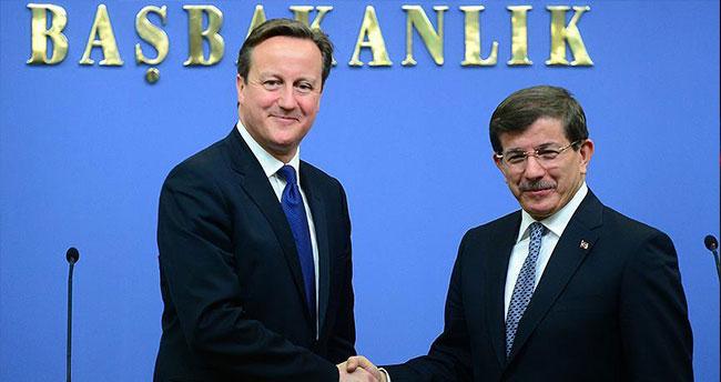 Cameron'dan Davutoğlu'na tebrik telefonu