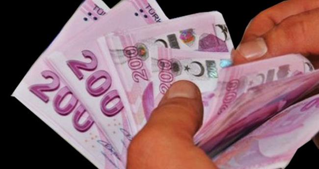 Çelik: Asgari ücret 1300 lira olacak