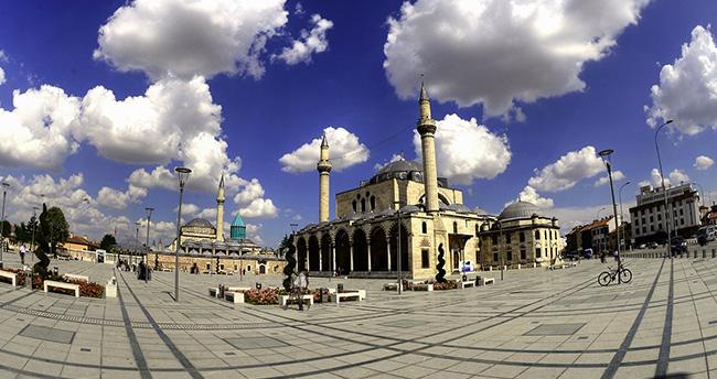 """Meydanlar şehri """"Konya"""""""