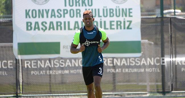 Torku Konyaspor'da Dossa Junior Formaya Hasret