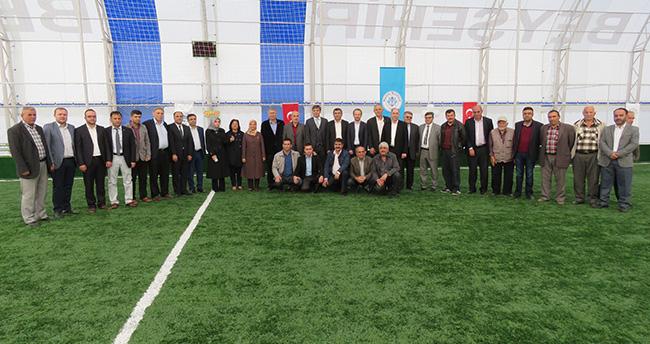 Beyşehir'in En Büyük Halı Sahası Törenle Hizmete Açıldı