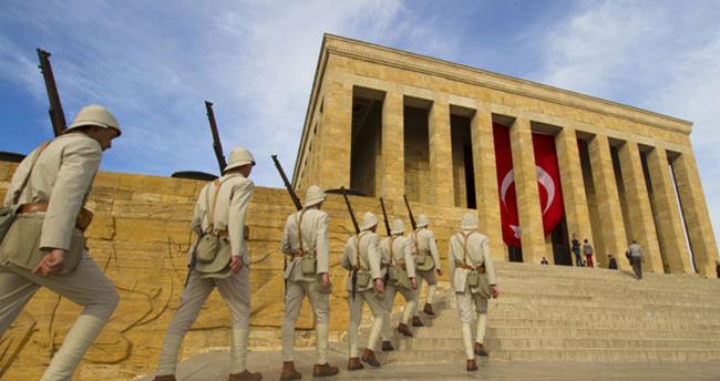 Anıtkabir 10 Kasım'da saat 20.30'a kadar açık