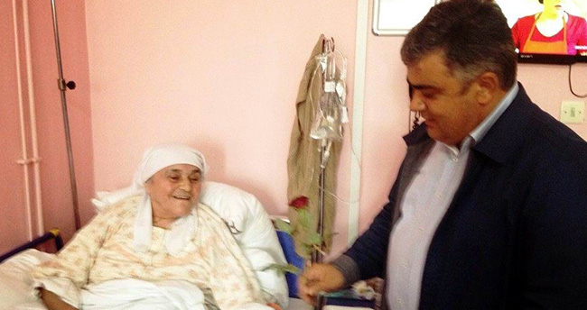 Başkan Özgüven'den Hastalara Ziyaret