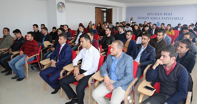 Selçuklu Belediye Başkanı Altay üniversite öğrencileriyle buluştu