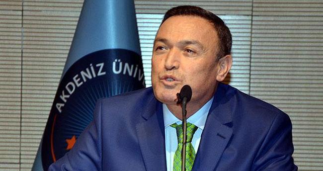 Akdeniz Üniversitesi Rektörü Kurtcephe görevinden uzaklaştırıldı