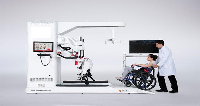 Felçli hastalar sanal ortamda yürüyerek sağlığına kavuşacak