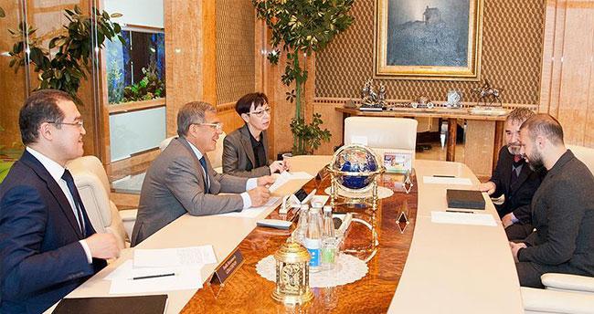 Gökdeniz Karadeniz'i Tataristan Cumhurbaşkanı kabul etti