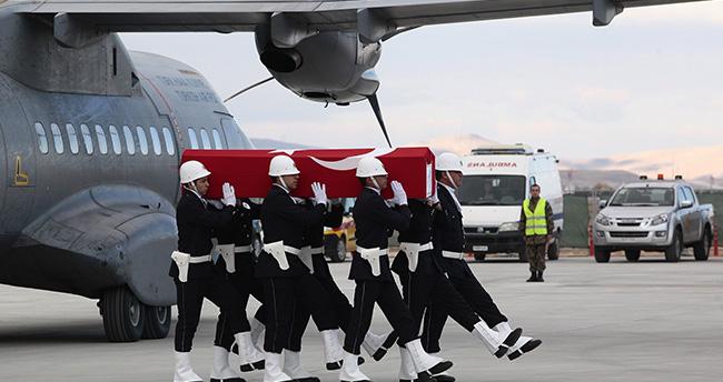 Şehit Arif Demir'in cenazesi Konya'ya getirildi