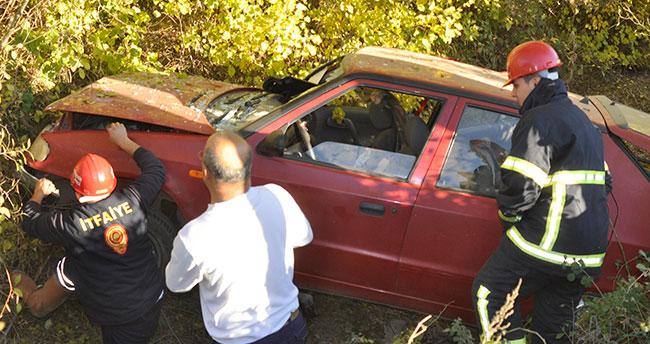 Konya'da otomobil kanala uçtu: 3 yaralı