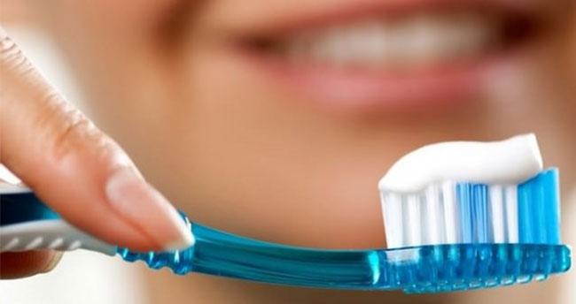 Dişe en çok zarar veren alışkanlıklarımız!