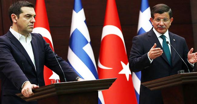 Davutoğlu: O soruyu BM'ye sorun