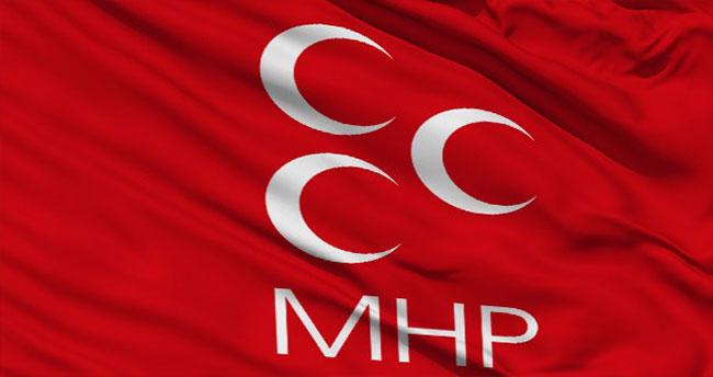 Bahçeli'ye kızdı MHP'den istifa etti!