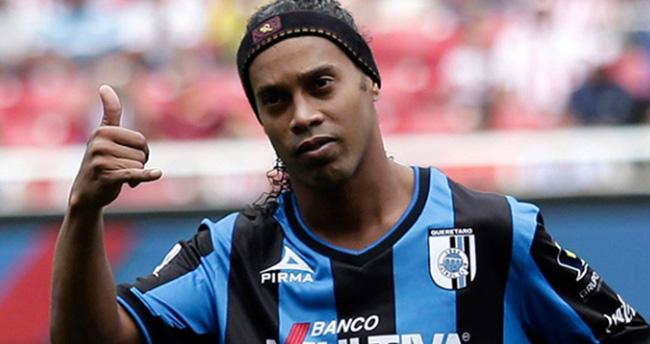 """""""Pirlo ve Ronaldinho gelmeye hazır"""""""