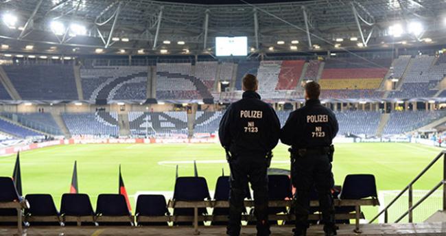 Almanya'da lig maçlarında güvenlik artıyor