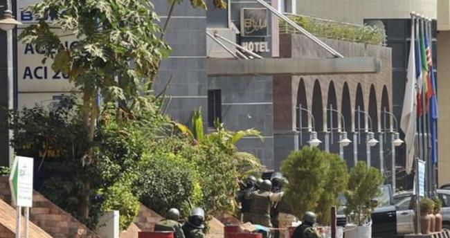 Otel baskınında rehineler serbest bırakıldı