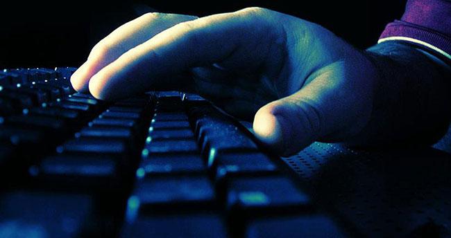 Flaş belleklerdeki casus yazılımlara dikkat