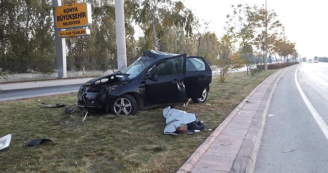 Konya'da Otomobil Aydınlatma Direğine Çarptı – 1 ölü, 2 yaralı