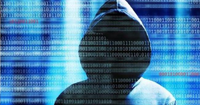 Türk hacker, 100'lerce Rus sitesini hackledi