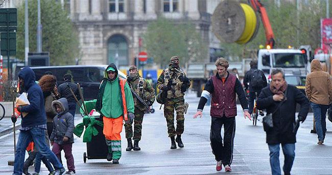 Brüksel'de terör alarmı seviyesi düşürüldü